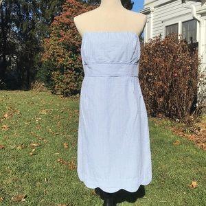 EUC Vineyard Vines Strapless Seersucker Dress